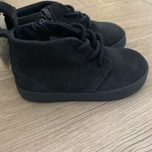 NWT Gap suede boots